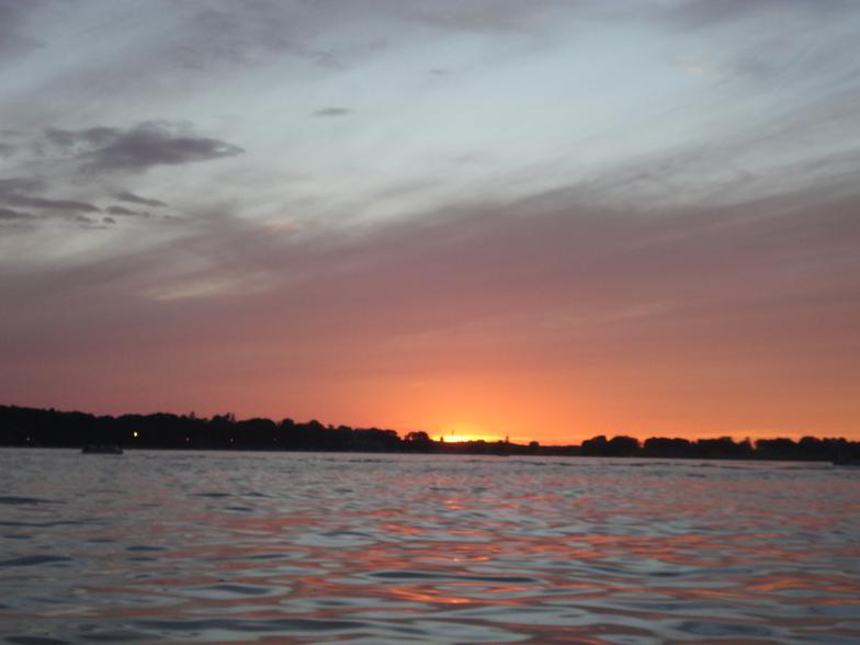 Delavan vacation rentals for Lake delavan fishing
